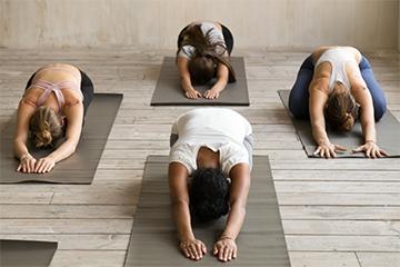 Elisa Dorelli corsi yoga